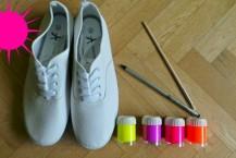 آموزش نقاشی روی کفش