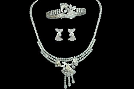 مدل ست جواهرات طلای سفید  11