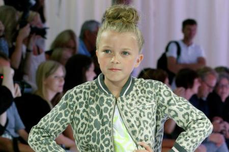 مدل لباس دخترانه Sofie-Schnoor 9