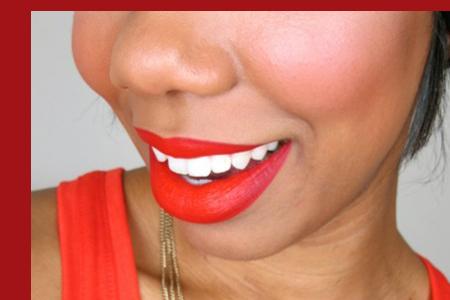 آموزش آرایش لب قرمز