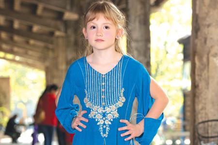 مدل لباس محلی دخترانه  9