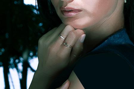 مدل جواهرات Claire Kinder 10