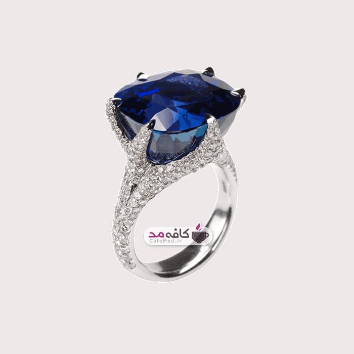 مدل جواهرات Glenn Spiro