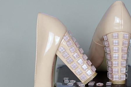 مدل کفش های پاشنه کریستالی  2