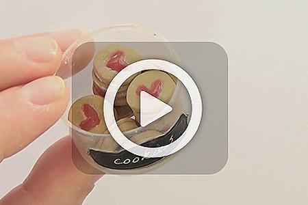فیلم آموزش شیرینی خمیری 1