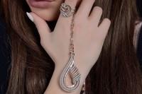 مدل جواهرات Al Sharq Diamonds