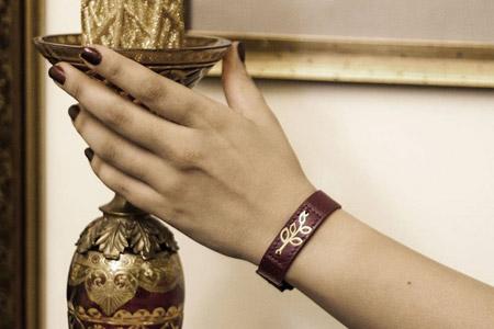 مدل دستبند چرم و طلا ایرانی 10