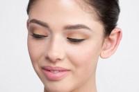 آموزش آرایش چشم مسی