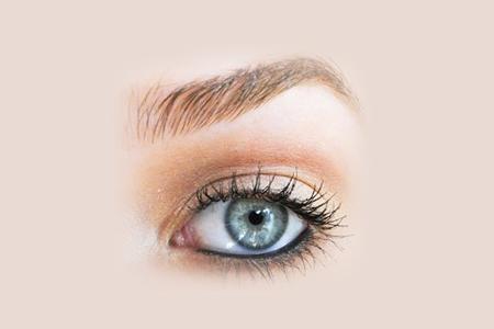 آموزش آرایش چشم سبز
