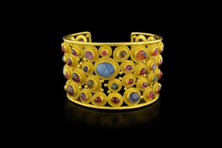 مدل زیورآلات و جواهرات