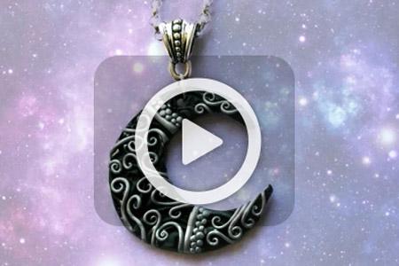 فیلم ساخت مدال خمیری ماه