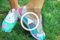 فیلم طراحی دونات روی کفش کتان