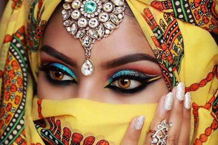 مدل آرایش چشم هندی 9