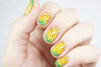 آموزش تصویری آرایش ناخن آناناسی