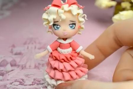 فیلم ساخت عروسک دختر خمیری