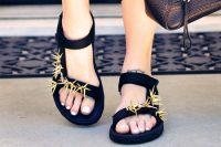 آموزش تزیین کفش تابستانی