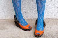 آموزش تزیین کفش ساده با خز