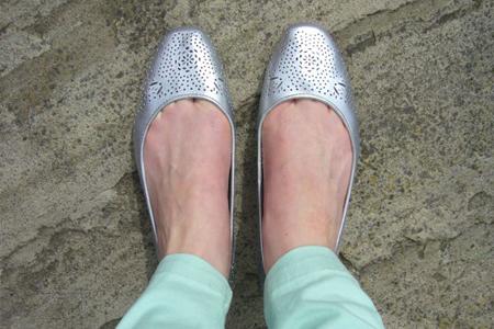 آموزش اسپری کردن کفش