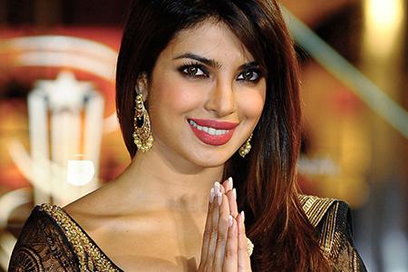 بیوگرافی پرینکا چوپرا بازیگر زن زیبای سال 2017 3