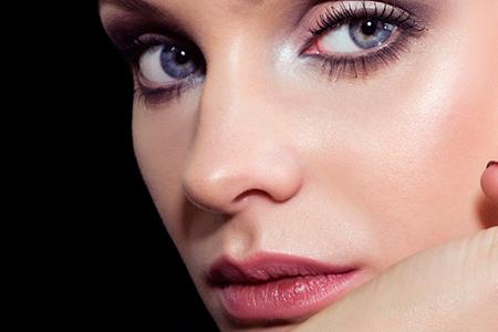زیبایی صورت با آرایش ملایم 3