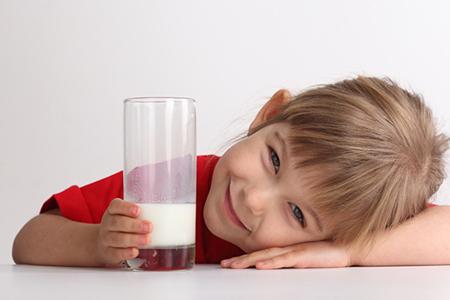عملکرد مناسب در برخورد با نوزادانی که شیر نمیخورند
