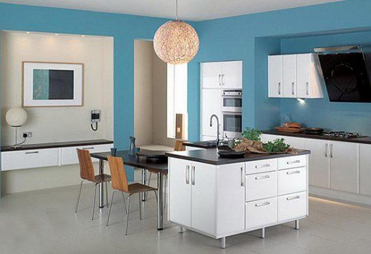 دکوراسیون آبی رنگِ آشپزخانه های رویایی 1