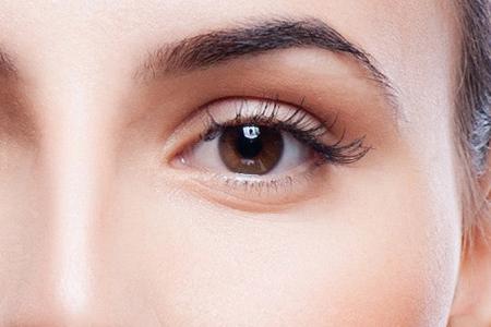 کاهش پف و کبودی زیر چشم ها 2