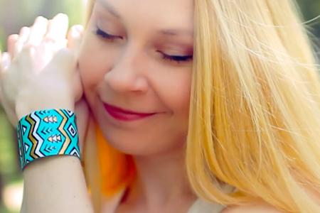 فیلم آموزش درست کردن دستبند دخترانه