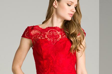 اصول ست کردن لباس با رنگ قرمز 3