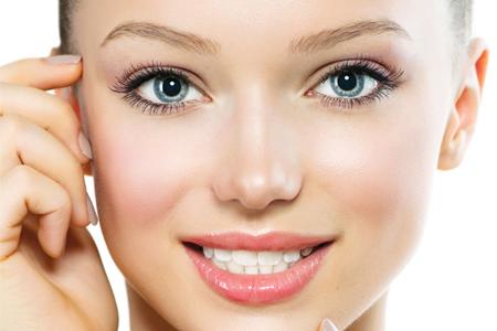پرایمر پایه اساسی برای زیرسازی و آرایش صورت 4