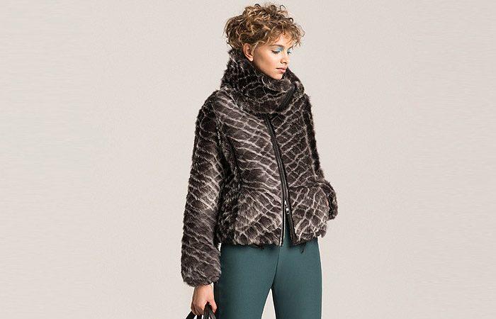 مدل لباس مجلسی زمستانه Armani 1