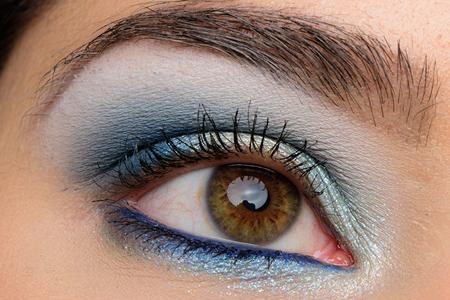 مدل های بسیار زیبا از سایه چشم براق پاییزه 10