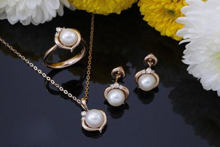 مدل جواهرات به همراه مروارید Habibi Jewellery 9
