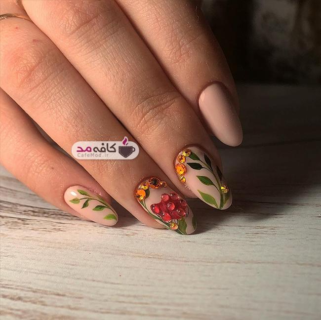 مدل های زیبا از آرایش ناخن پاییزه