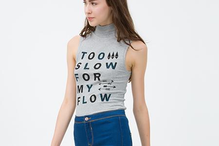 شلوار جین فاق بلند را چطور با لباس ها ست کنیم 3