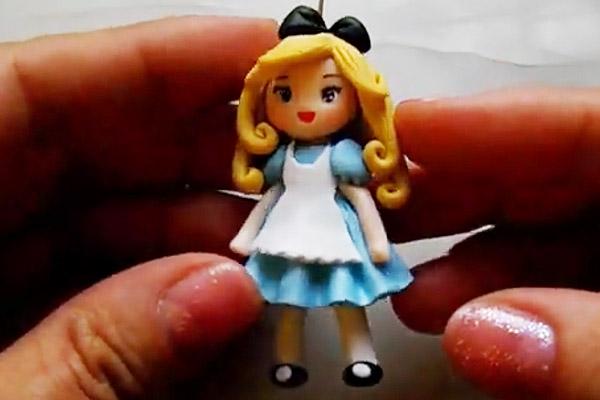فیلم آموزش ساخت عروسک خمیری آلیس