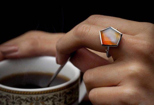 انگشتر نقره و سنگ بارمان گالری 13