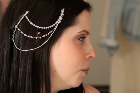 فیلم آموزش تزیین شانه برای تزیین مو