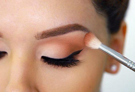 جلوگیری از شل شدن سایه چشم
