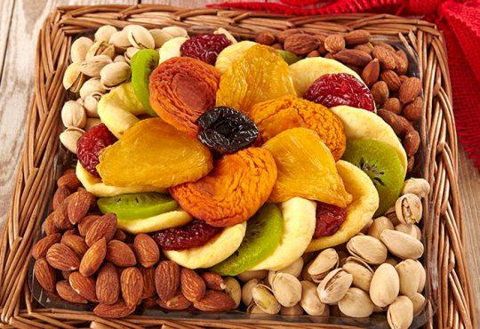 فواید خوردن میوه های خشک شده