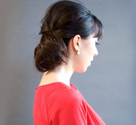 آموزش تصویری جمع کردن موها از پشت با سنجاق