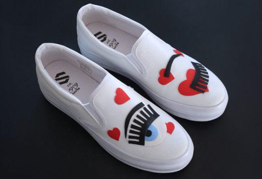 آموزش تصویری طرح چشم روی کفش سفید