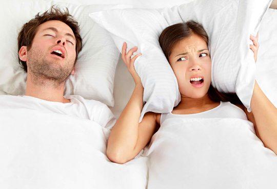 هنگامی که در خواب صحبت می کنید چه می گویید