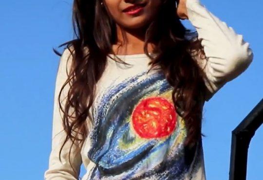 فیلم آموزش نقاشی کهکشان روی لباس ساده
