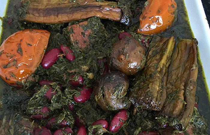 طرز تهیه قرمه سبزی گیلانی