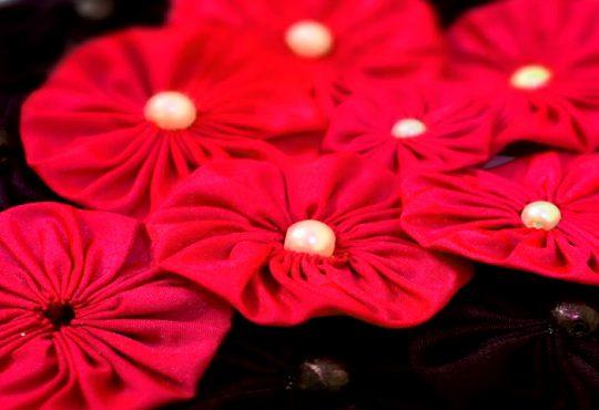 فیلم آموزش درست کردن گلهای پارچه ای یویو