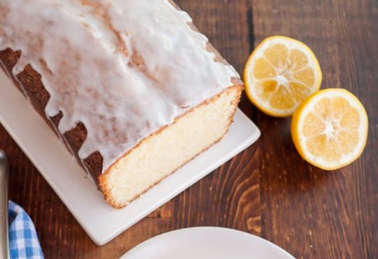 طرز تهیه پاند کیک لیمویی با سس مخصوص
