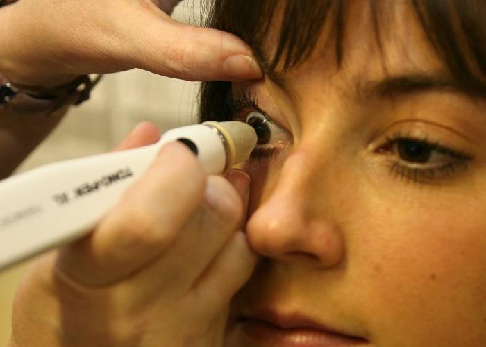 تشخیص زودهنگام آلزایمر با آزمایش چشم