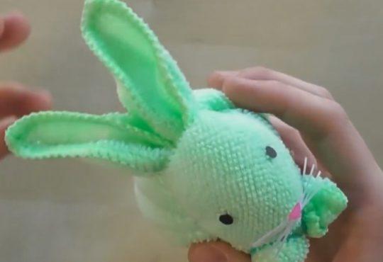 فیلم آموزش تزیین دستمال به شکل خرگوش