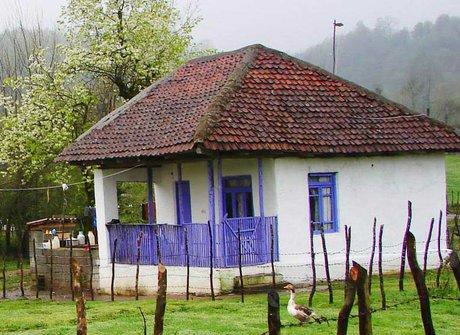 به خانه های روستایی پناه ببرید